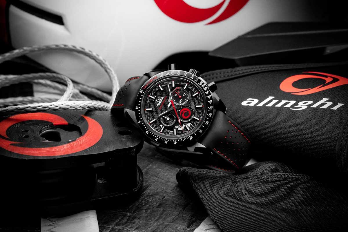 Omega y Alinghi celebran su asociación con un nuevo Speedmaster