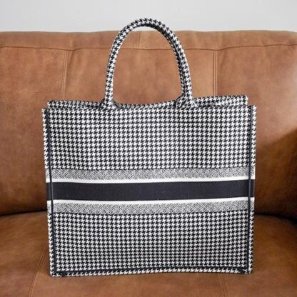 Dior Book Tote Small