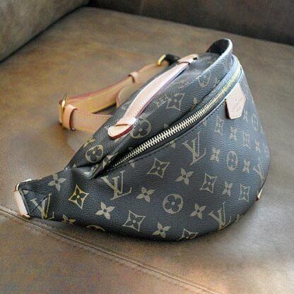 Louis Vuitton Bumbag Monogram Brown