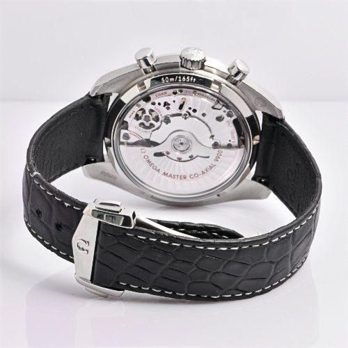 Omega Speedmaster Racing Master Chronometer