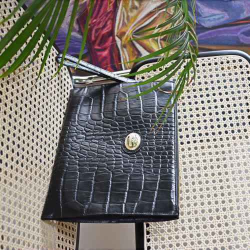 Roberto Cavalli Clutch Grande Cuero Negro